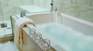 Last Minute Deals Are Back - Romantic Jetted Tubs